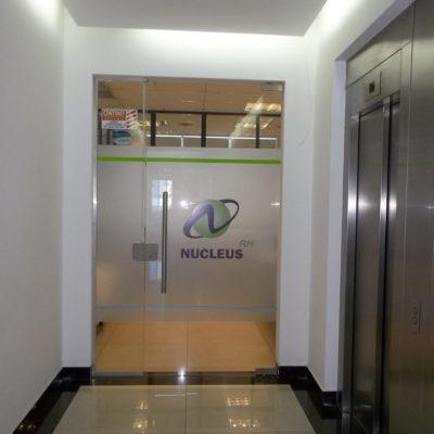 Esmerilado Oficinas Nucleus RH